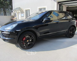 CAYENNE 4.8 V8 TURBO 500cv N1 BLACK Line