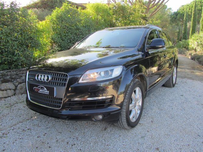 audi q7 3 0 v6 tdi 240 quattro avus 7 places. Black Bedroom Furniture Sets. Home Design Ideas